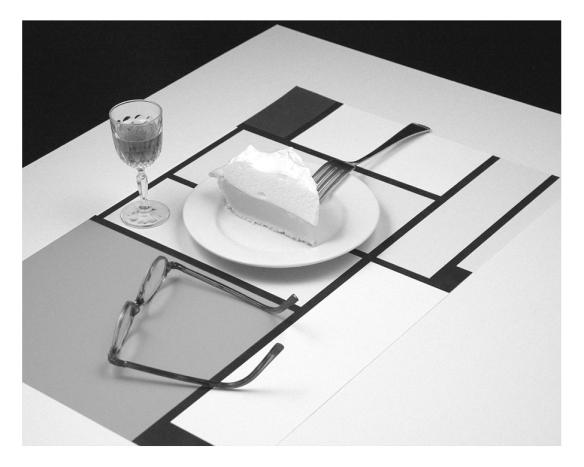 Mondrian, glasses and pie